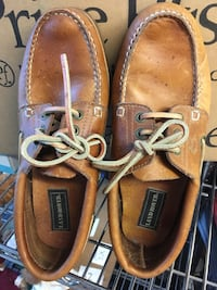 Men's leather size 8.5 Land Rovers Durham, 06422