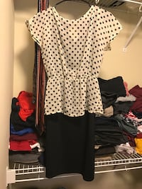 white and black spotted crew-neck cap-sleeved blouse Bothell, 98012