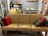 3-piece Leather couch set Coquitlam, V3B