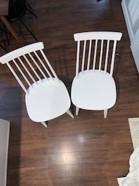 Two white Windsor dining chairs Frederick, 21701