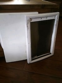 Pet door small - medium size