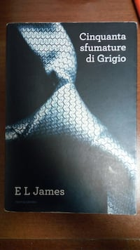 Fifty Shades of Grey del libro di EL Hames Pavia, 27100