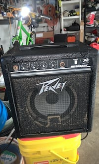 Peavy Microbass Guitar Amplifier