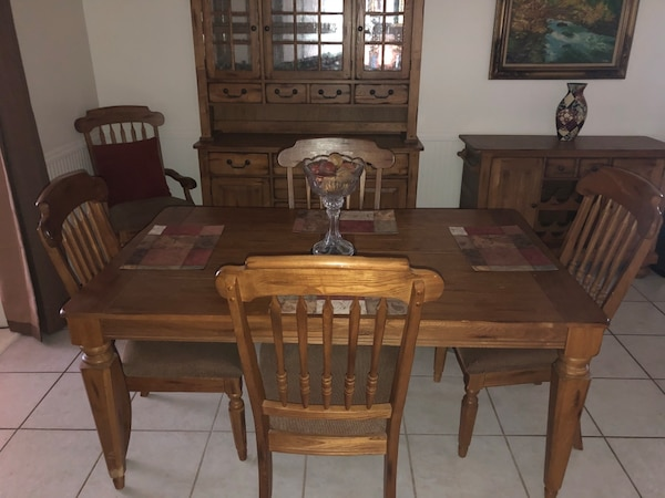 Dining Room Table Hutch And Side Board With Wine Rack