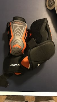 Black-gray-and-orange one-4 elbow pads Mississauga, L5M 5R7