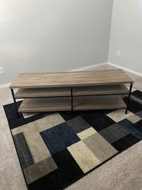 Tv stand w coffee table