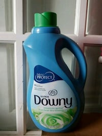 new! Case of 6 Downy fabric softener 2.3L Richmond Hill, L4E