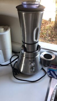 stainless steel and black electric kettle Surrey, V4A 3Z8