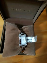 Diamond Bangle Gucci watch  Montréal, H1S 2L1