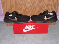 black-and-brown Nike running shoes with box Trumbull County, 44473