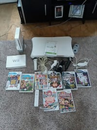Wii console and games Thomasville, 27360