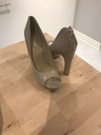 Nine West Nude peep toe pumps  Toronto, M1T 1W1