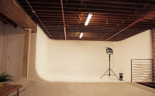 NOAH Photography, Dance, Video Studio in Hollywood!