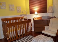 Crib and Rocking Chair in good condition North Miami, 33181