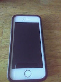 white iPhone 5 with blue case Silver Spring, 20901