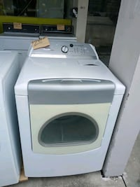 Whirlpool Dryer white king size excellent Fort Myers, 33901
