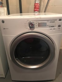 white front-load clothes washer Columbus, 43228