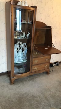 Vintage Secretary w/ glass Curio and glass shelves Palatine, 60067