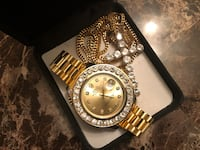 Xmas! HighQuality Watch w Bezel and Cross Chain Set Deal Rahway Nj  Colonia, 07067
