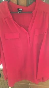 3x Red half-button long sleeve blouse