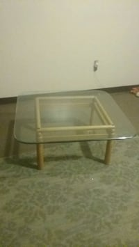 glass table wooden frame like new  Paintsville