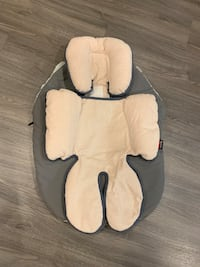 Britax head and body support insert and stroller cover Toronto, M1C 5A2