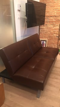 Used Leather STRUCTUBE couch - Benjamin for sale in Mont-Royal - letgo