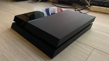 PS4 500 GB with power cable and one controller