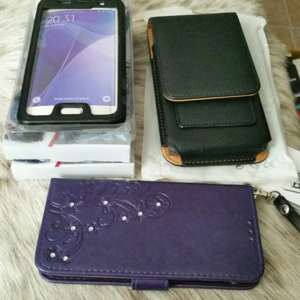Galaxy S7 Edge cases and wallet. NEW