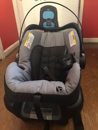 Baby seat new never been used
