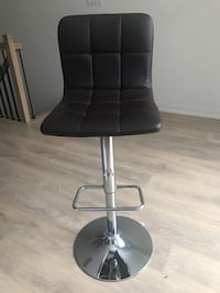 Bar Stool (chocolate brown) Oakville, L6L 0L7