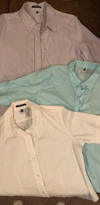 Women's Gap button down shirts, XXL.