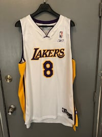 7a91e28e446 Used Kobe  8 white Nike jersey for sale in Los Angeles - letgo