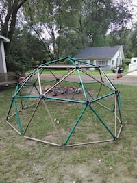 Jungle gym dome Highland Charter Township, 48356