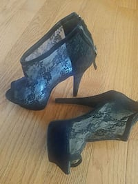 Bebe Heels size 7 worn maybe 3 times  Woodbridge, 22193
