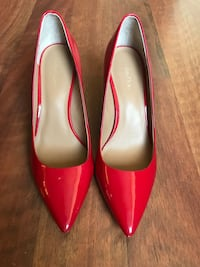 Red Heels by Guess North Vancouver, V7P
