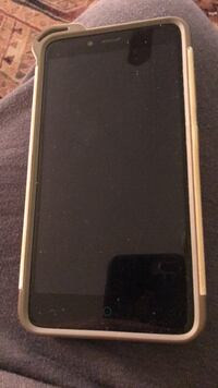 black Android smartphone with box Dumfries, 22026