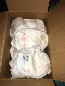 Box of 32 #2 pampers