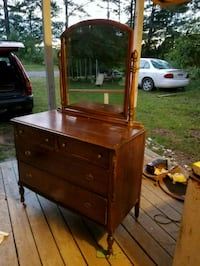 brown wooden dresser with mirror from 1930's  Mantachie, 38855