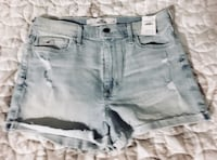Women's light/stonewashed denim short shorts.
