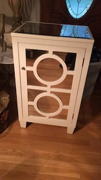 White wooden framed glass door Springfield, 22152