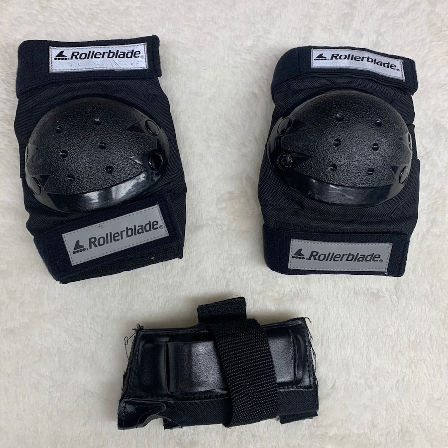 Photo Youth Rollerblade knee pad set! In good shape