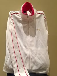 White zip-up sweater with hot pink lining (New) Richmond Hill, L4B 1B1