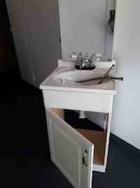 white wooden vanity sink with mirror(two sets) Whittier, 90601