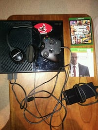 Xbox One, full setup, console, controller, headset Washington, 20016