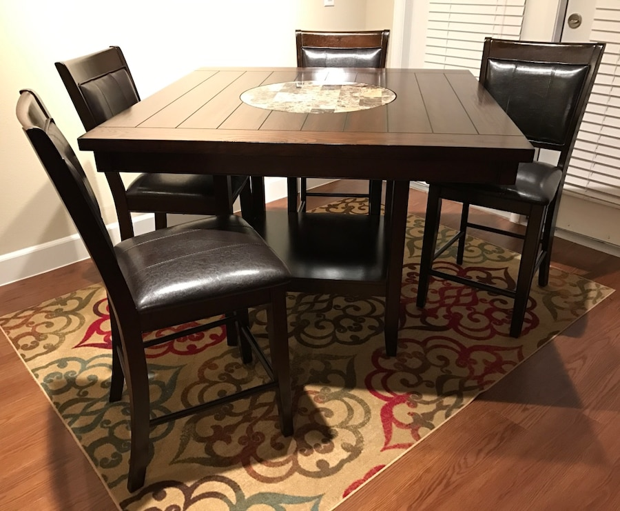 Brand New Counter Height Dining Table amp 4 Chairs in  : 63d1a86d3e6644d91cacd4f41f041393 from us.letgo.com size 900 x 740 jpeg 137kB