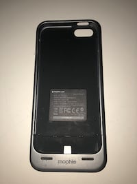 Mophie phone case charger  Toronto, M3H 4E3