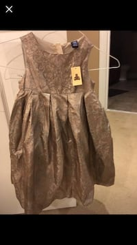 Size 4 new Gap holiday dress Pasadena, 21122
