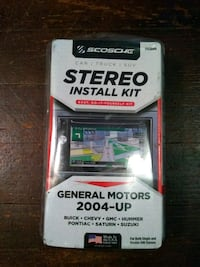 Scosche stereo install kit  Des Moines, 50170