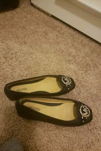 pair of black leather flats Odenton, 21113